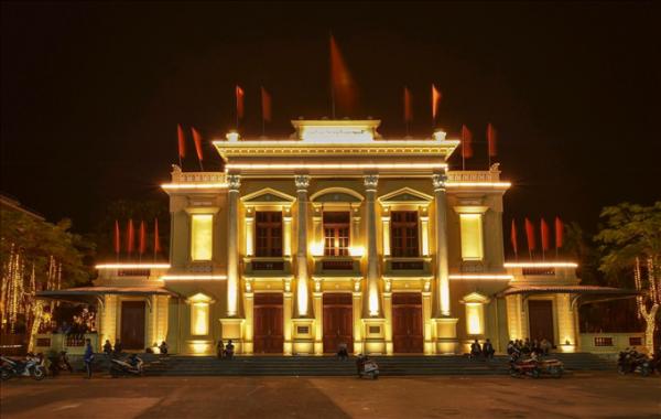 Đèn Led chiếu sáng tòa nhà tại hải phòng