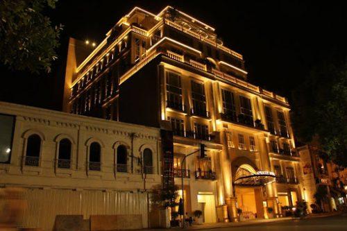 đèn led chiếu sáng tòa nhà