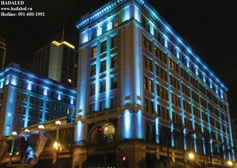 chiếu sáng mặt đứng khách sạn